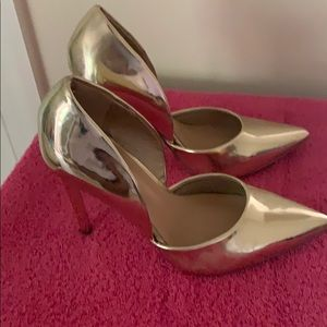 Gold Pointy Toe Heels